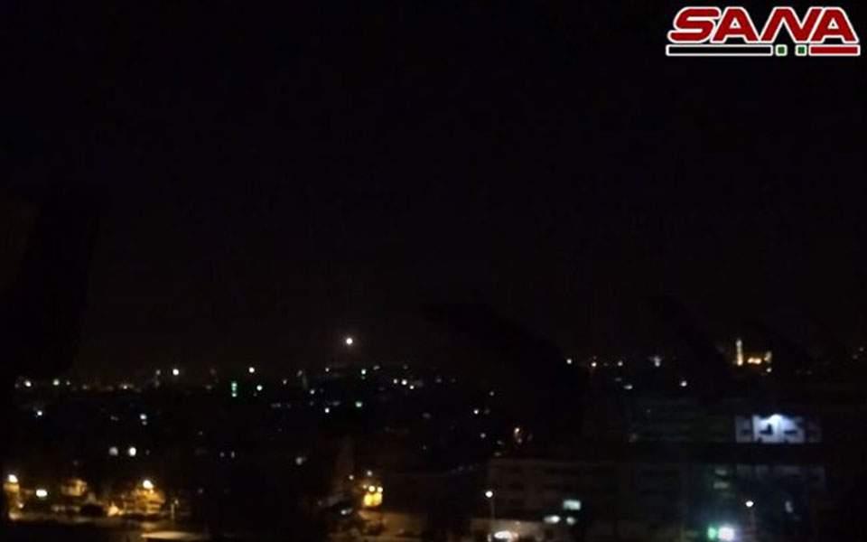 Αναχαίτιση πυραύλου από τη συριακή αντιαεροπορική άμυνα (βίντεο)
