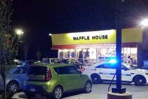 Τρεις νεκροί από επίθεση γυμνού ενόπλου σε κατάστημα εστίασης στις ΗΠΑ