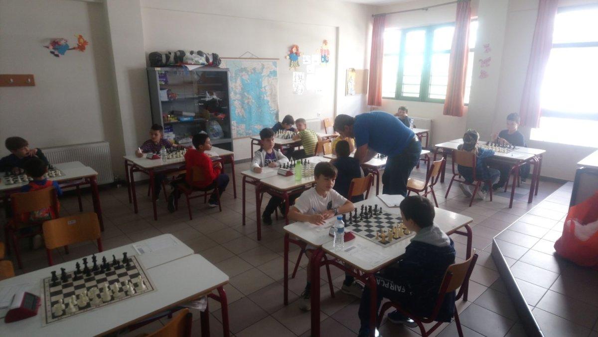 Λάρισα: Νικητές στα πρωταθλήματα σκακιού Παίδων – Κορασίδων