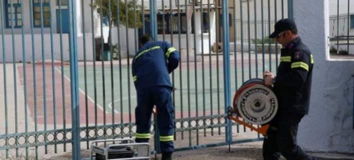 Καρφώθηκε κάγκελο σε μηρό μαθητή στο Ηράκλειο…