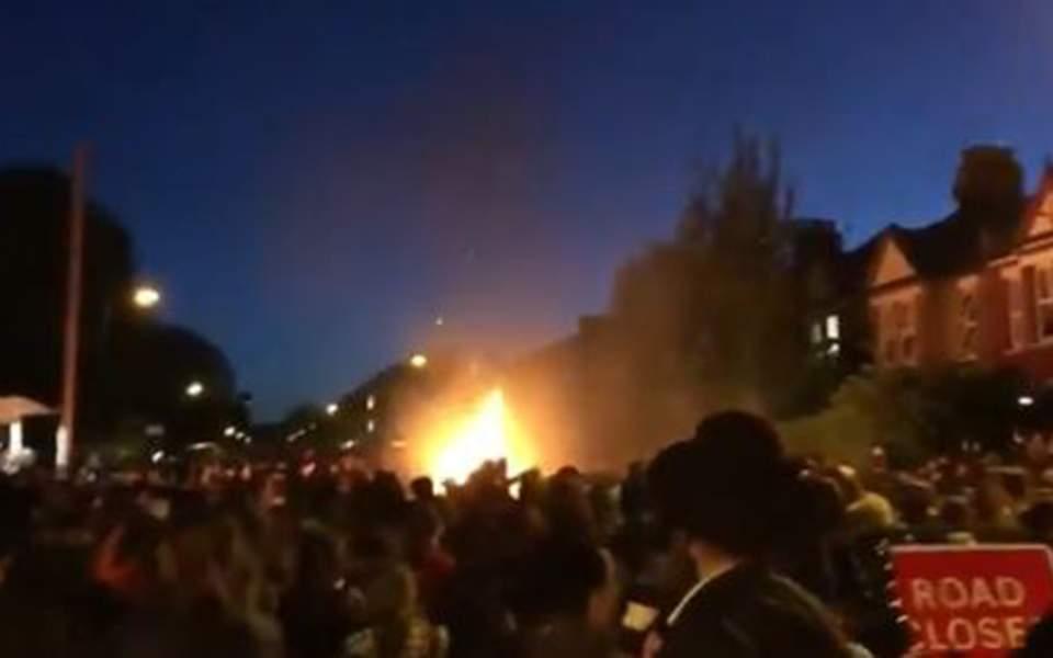 Έκρηξη σε εβραϊκή συνοικία στο βόρειο Λονδίνο – Δεκάδες τραυματίες