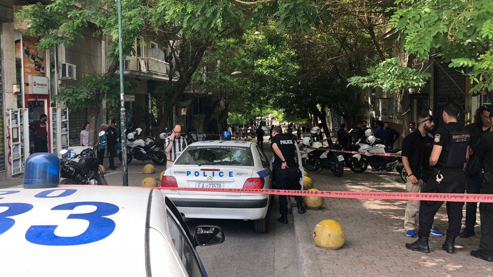 Δέκα συλλήψεις στη Νέα Σμύρνη