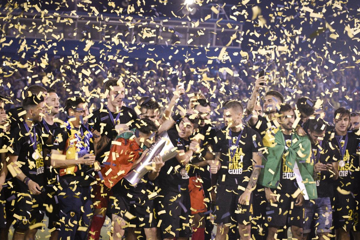 Πρωταθλήτρια η ΑΕΚ (φωτ.)