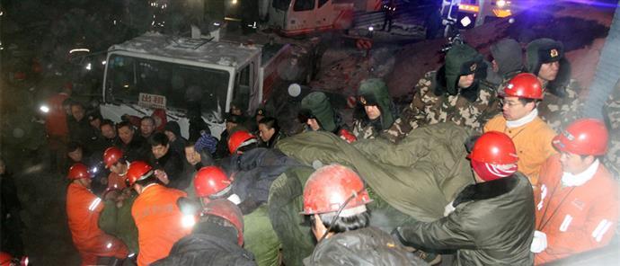Δεκάδες νεκροί από την κατάρρευση ανθρακωρυχείου