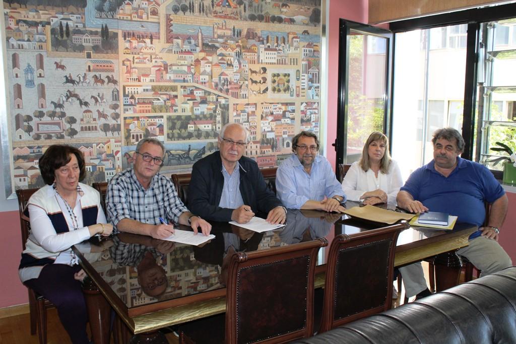 Υπεγράφη σύμβαση για τη διαμόρφωση των οδών Βενιζέλου – Φιλελλήνων