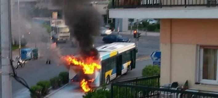 «Λαμπάδιασε» λεωφορείο του ΟΑΣΑ (φωτ.)