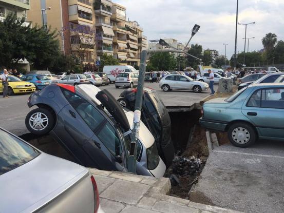 Στον Ταύρο έλυσαν το πρόβλημα… του πάρκινγκ
