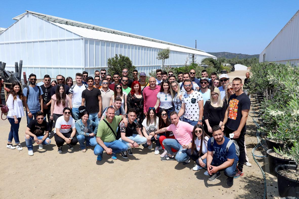 Φοιτητές του ΤΕΙ Θεσσαλίας επισκέφθηκαν θερμοκήπια σε Τροιζήνα και Γαλατά (φωτ.)