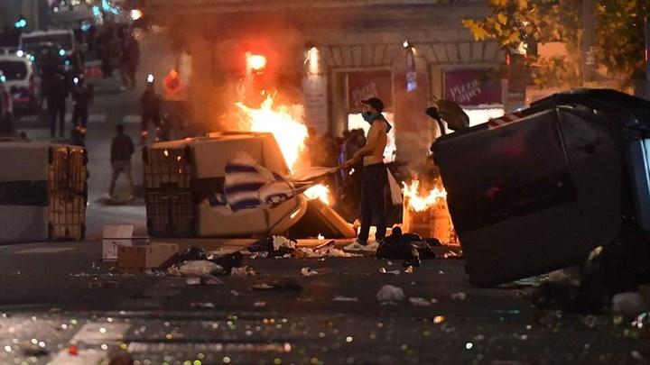 «Έκαψαν» τη Μασσαλία- Ξέσπασαν οι οπαδοί μετά το χαμένο τελικό