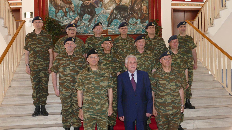 Κουβελης Στρατια (4)