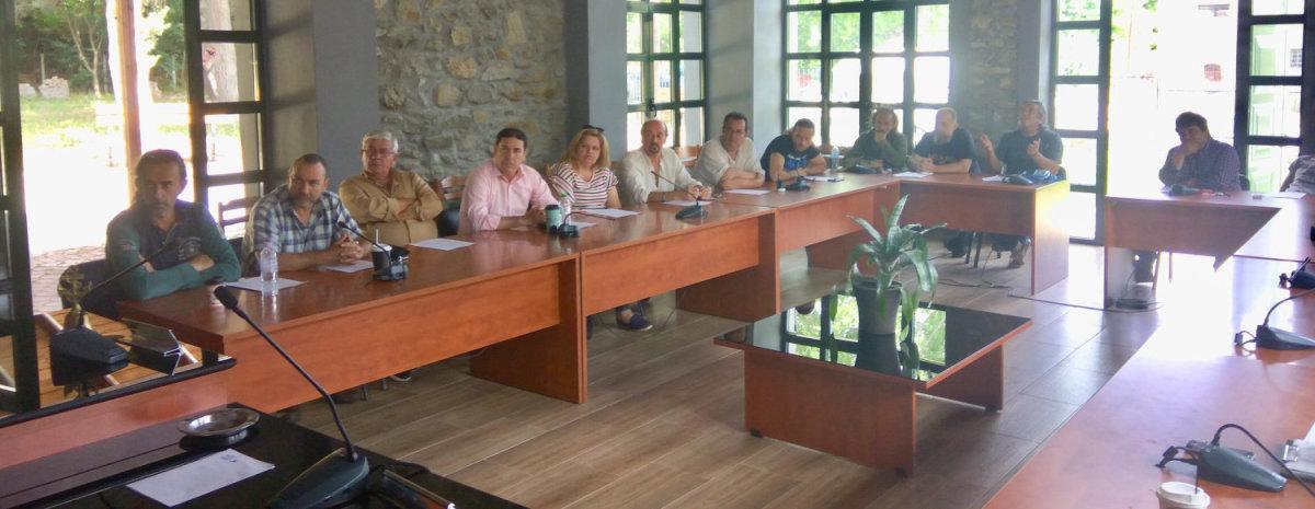 Δ. Τεμπών: Ενημερωτική συνάντηση για τη λειτουργία καταστημάτων