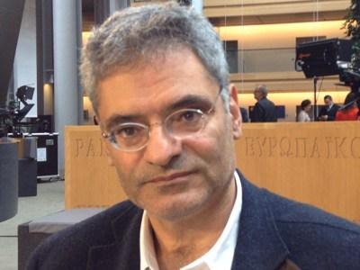 «Όλα τα κόμματα θα πρέπει να στηρίξουν συμφωνία που θα περιέχει το erga omnes»