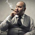 Οι παχύσαρκοι καπνίζουν περισσότερα τσιγάρα