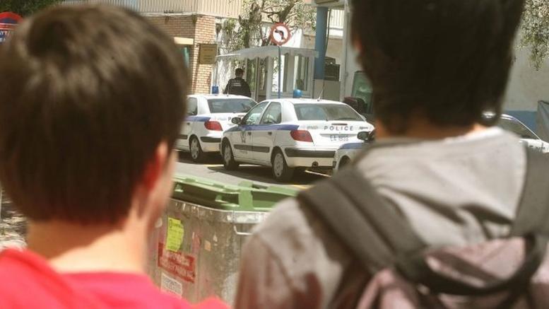Συνελήφθησαν δύο ανήλικοι 14 και 15 χρόνων για ληστείες & κλοπές οχημάτων
