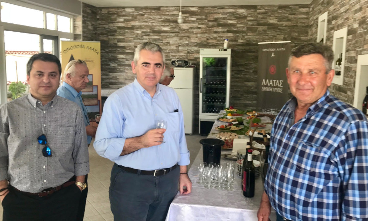 Χαρακόπουλος: «Πλήγμα στην οινοποιία ο φόρος στο κρασί!»