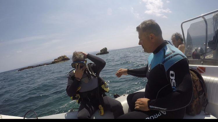 Κατάδυση Κ. Αγοραστού στα νερά του Αιγαίου (βίντεο)