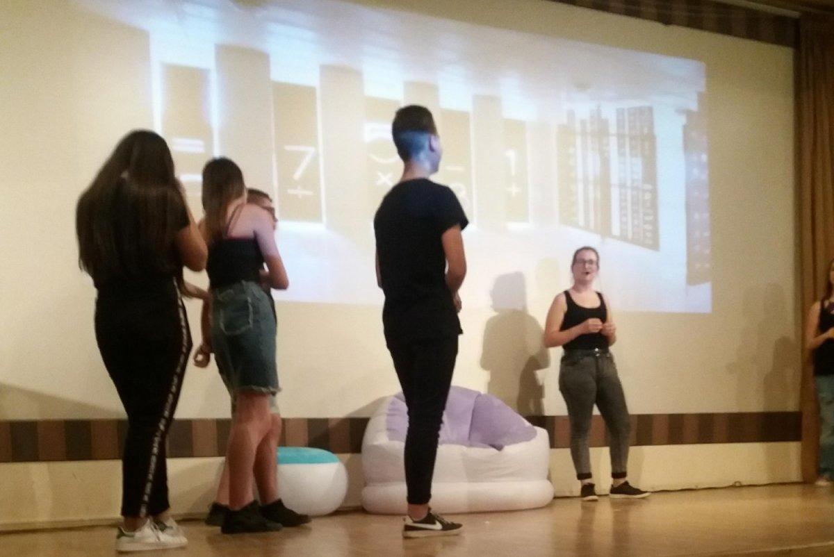 Τελευταία παράσταση για φέτος από τη Θεατρική Ομάδα ΕΠΑΛ Τυρνάβου