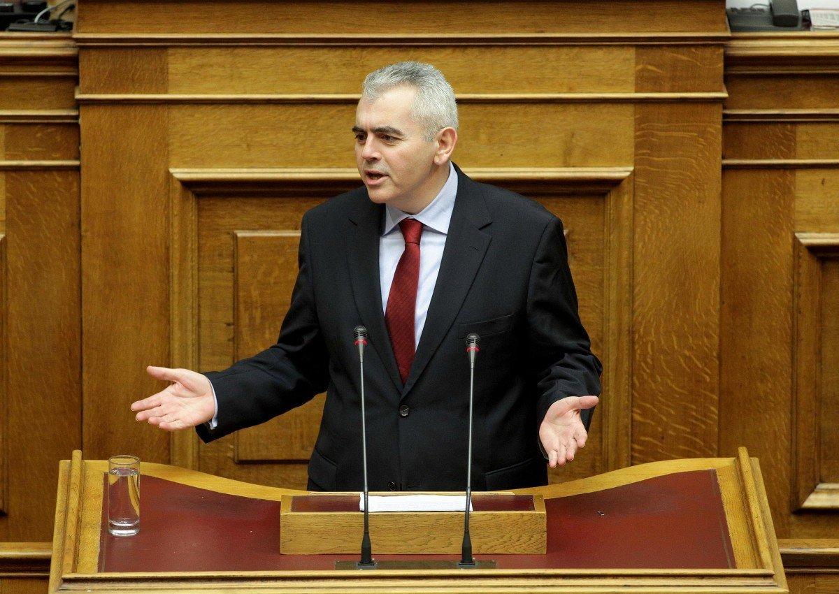 Χαρακόπουλος: Aντικρουόμενες απόψεις των Γεροβασίλη και Παπακώστα