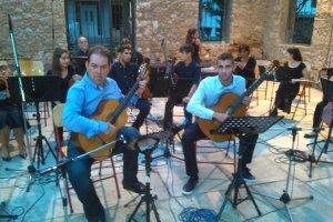H Συμφωνικής Ορχήστρας  του Δημοτικού Ωδείου Νίκαιας παίζει με Μαστοράκη & Γκόλγκαρη