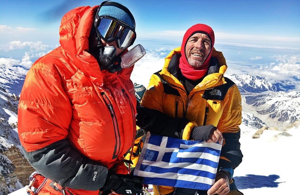 Αυτοί είναι οι πρώτοι Έλληνες που κατέκτησαν τη δυσκολότερη κορυφή των Ιμαλαΐων