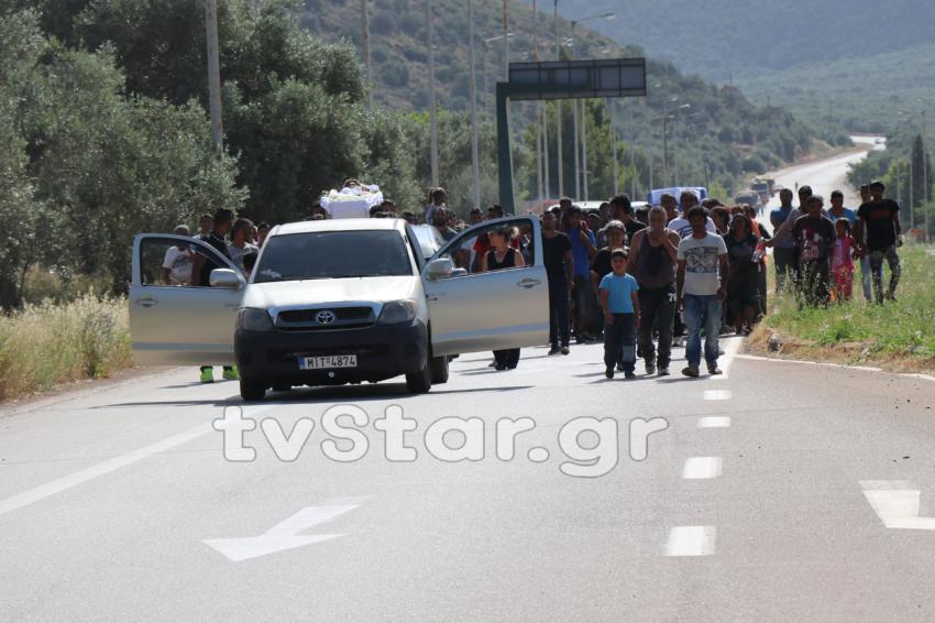 Οργή και οδύνη στην κηδεία της 13χρονης Γιαννούλας στην Άμφισσα