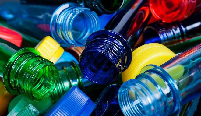 Βιομηχανίες πλαστικών: 80% κάτω οι πωλήσεις μας από το τέλος στις σακούλες