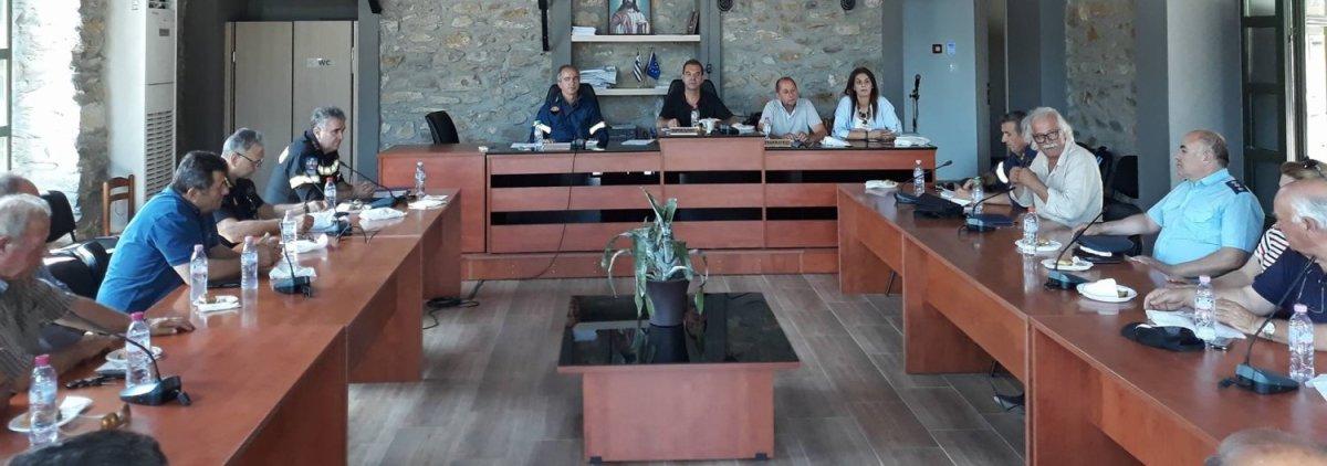 Σύσκεψη για τις πυρκαγιές στο Δήμο Τεμπών