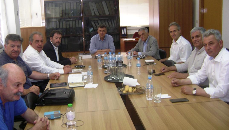 Συνάντηση Κ. Πουλάκη με δημάρχους στην Καρδίτσα