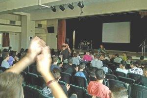 Το Κέντρο Κοινότητας επισκέπτεται το Γυμνάσιο της Γιάννουλης