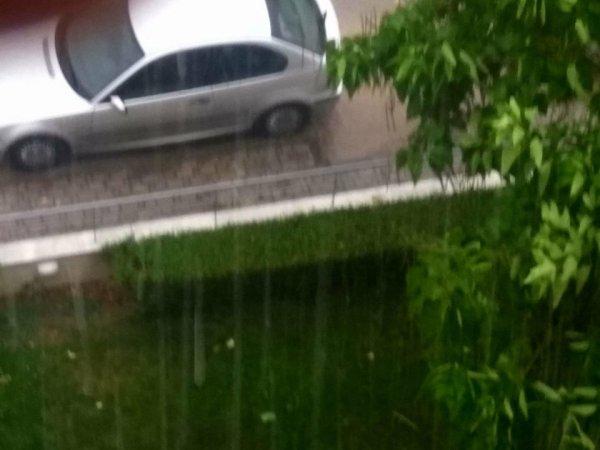 βροχή 2