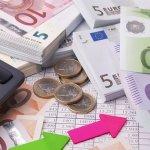 Στη ρύθμιση των 120 δόσεων και χρέη άνω των 50.000 ευρώ