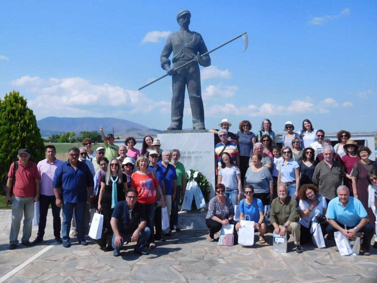 Στο μνημείο του αγρότη στο Κιλελέρ εκπρόσωποι των Κινηματογραφικών Λεσχών Ελλάδος