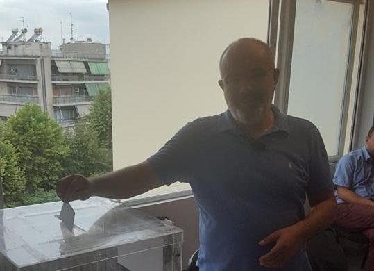 Έκανε το εκλογικό του καθήκον ο Κ. Μπαργιώτας (φωτ.)