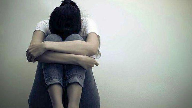 Στην ανακρίτρια τρεις νεαροί κατηγορούμενοι για ασέλγεια σε 22χρονη