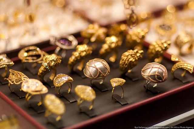 Μεγάλο ριφιφί σε χρυσοχοείο