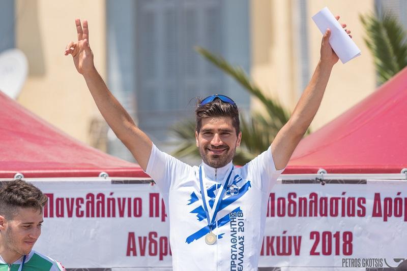 Πρωταθλητές στο Πανελλήνιο αντοχής ο Πολυχρόνης Τζωρτζάκης και η Αργυρώ Μηλάκη