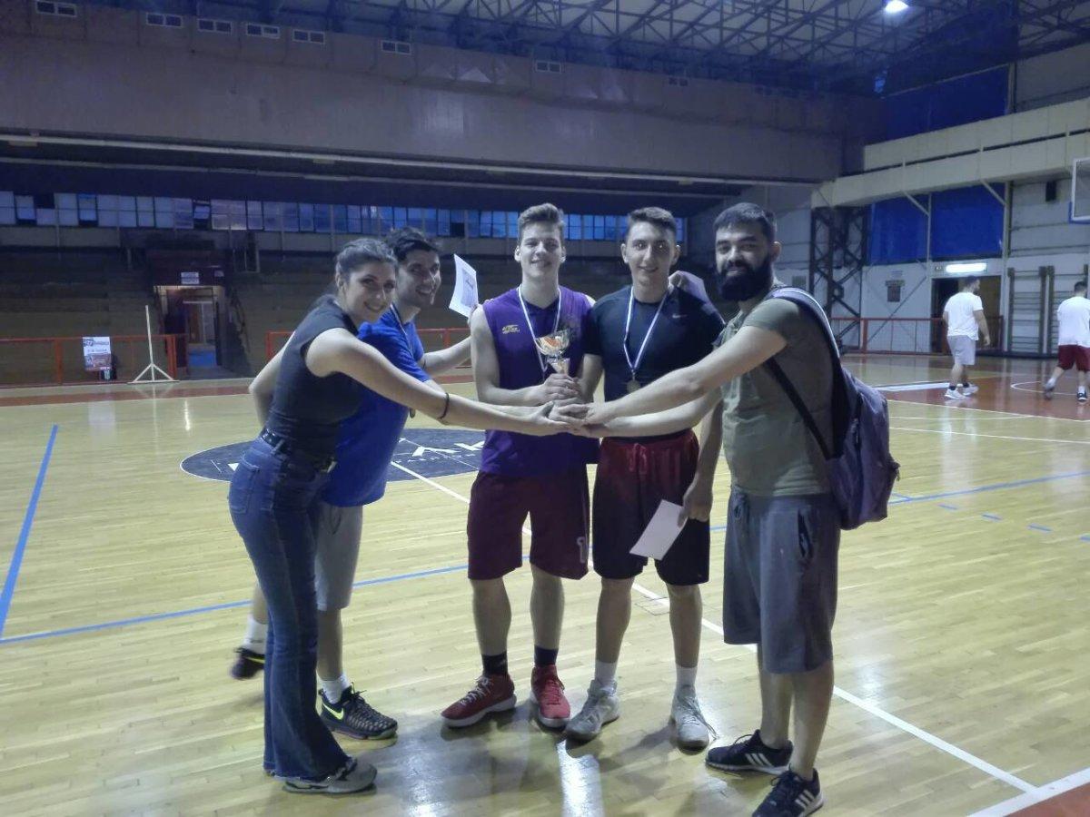 Μεγάλη η συμμετοχή στο τουρνουά μπάσκετ της ΚΝΕ