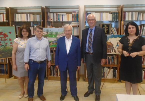 Νέα δωρεά από τον Γ. Διαμαντή στο Λαογραφικό Μουσείο Λάρισας
