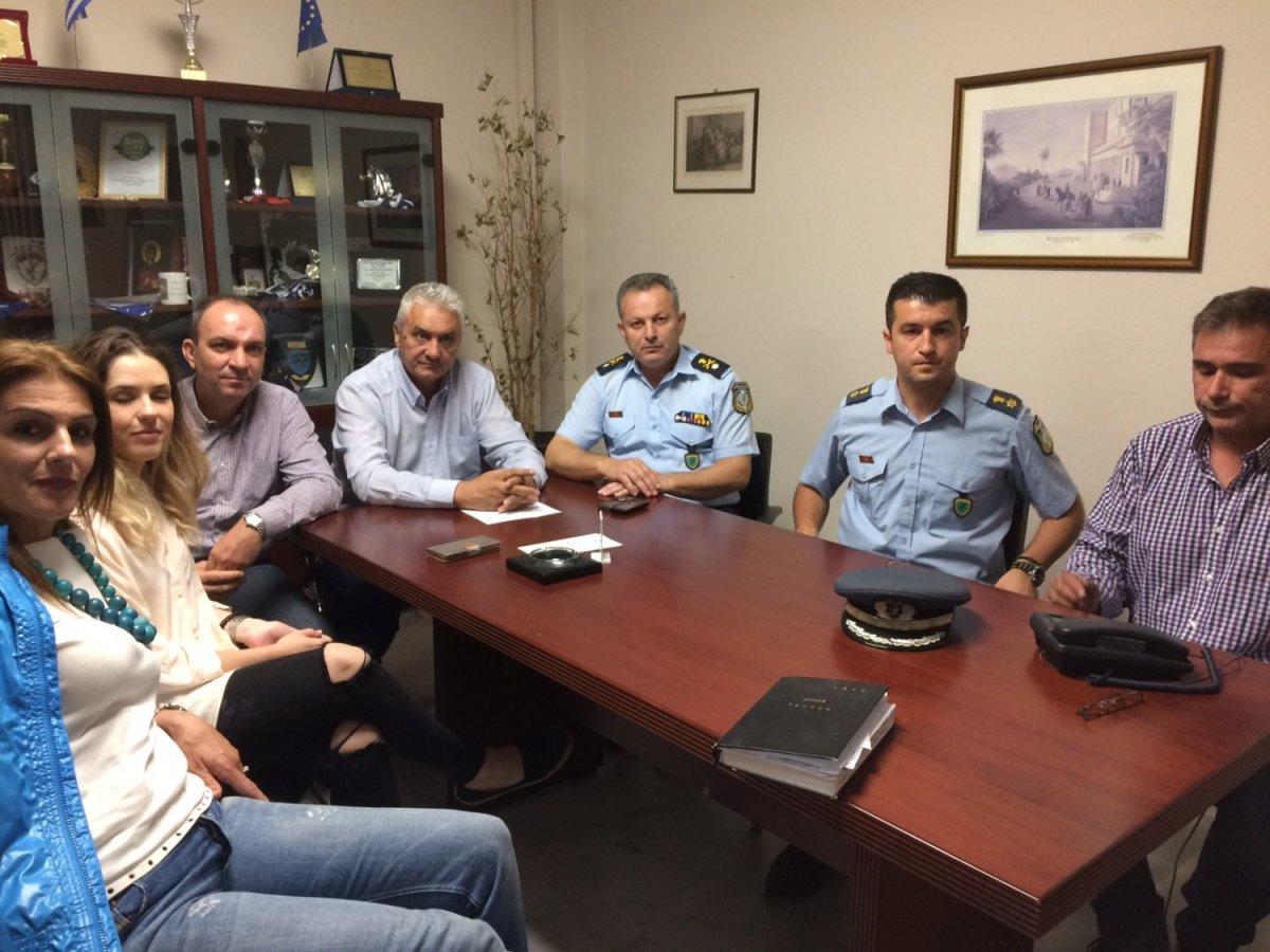 Συνάντηση δημάρχου Τεμπών με τον αστυνομικό διευθυντή Λάρισας