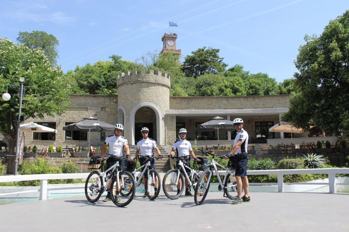 Έλεγχοι από αστυνομικούς – ποδηλάτες στα Τρίκαλα