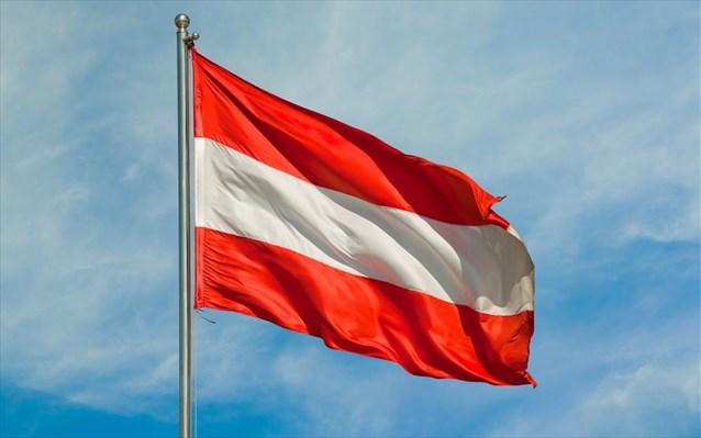 Αυστρία: Πέρασε το 12ωρο εργασίας