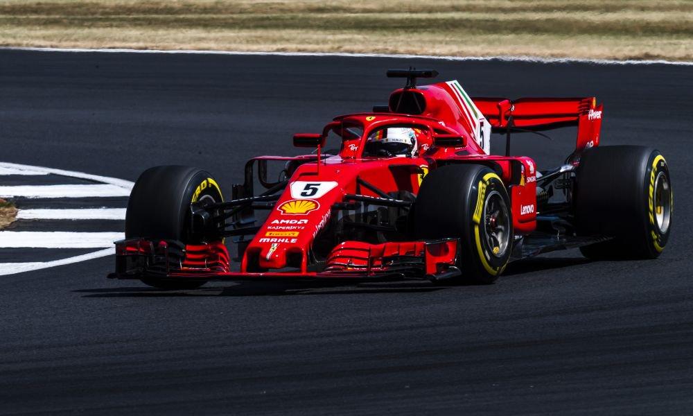 GP Μ. Βρετανίας: Συγκλονιστική νίκη Vettel στην έδρα του Hamilton