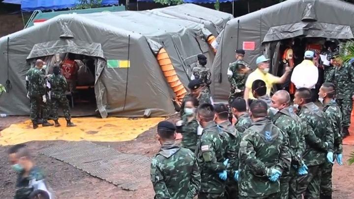Ταϊλάνδη: Ξεκινάει και πάλι η επιχείρηση απεγκλωβισμού των παιδιών από το πλημμυρισμένο σπήλαιο