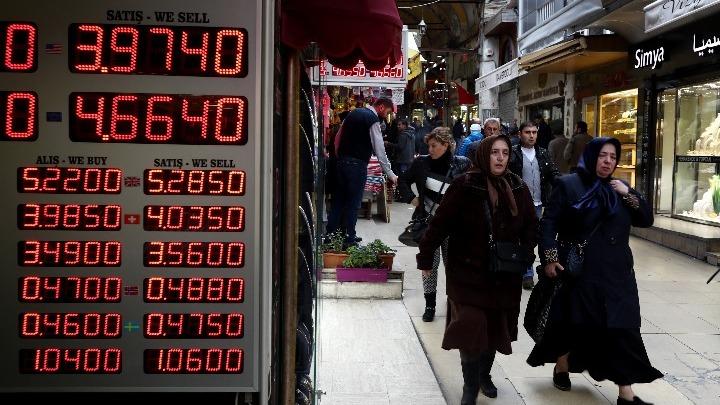 Τουρκία: Ανάσα για τις αγορές λόγω σαββατοκύριακου – Παραμένει η ανησυχία