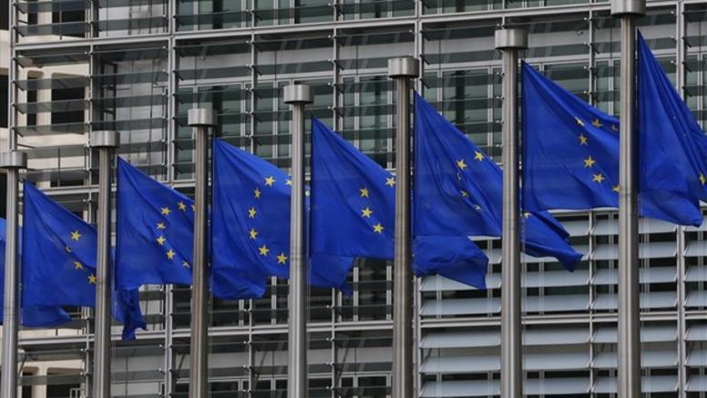 Βρυξέλλες: Ο Χαν δεν αναφέρθηκε σε «αλλαγή συνόρων» Ελλάδας- Αλβανίας