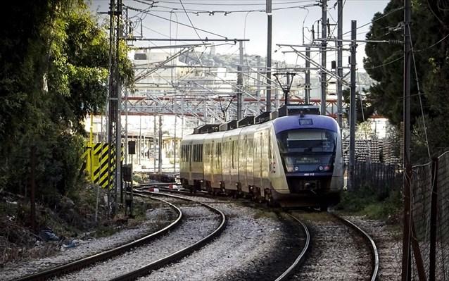 Βλάβη σε αμαξοστοιχία του ΟΣΕ από Θεσσαλονίκη προς Αθήνα – Λιποθύμησε εργαζόμενος