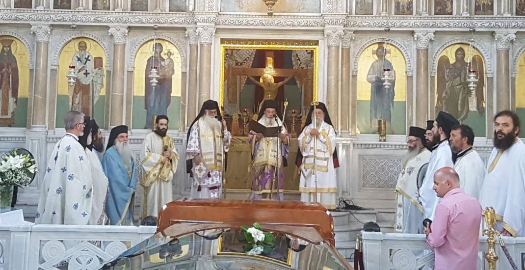 Θεία Λειτουργία στο σκήνωμα του Ιγνατίου (φωτ.)