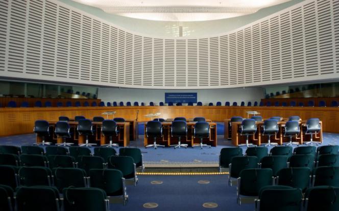 Απόφαση «βόμβα»: Αποζημίωση 10.000 ευρώ σε υπαλλήλους για ηθική παρενόχληση