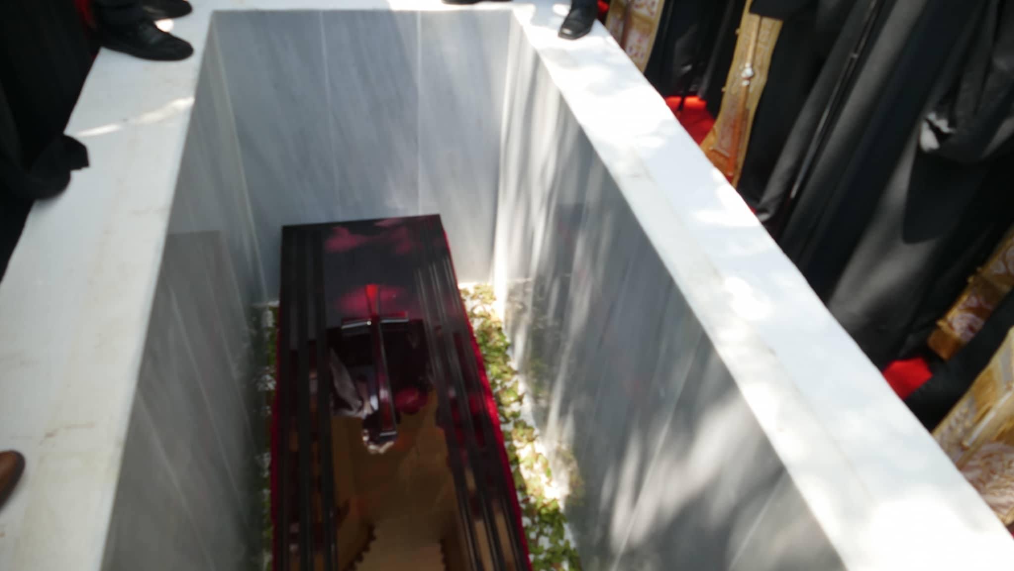 Ιγνατιος ταφη (11)