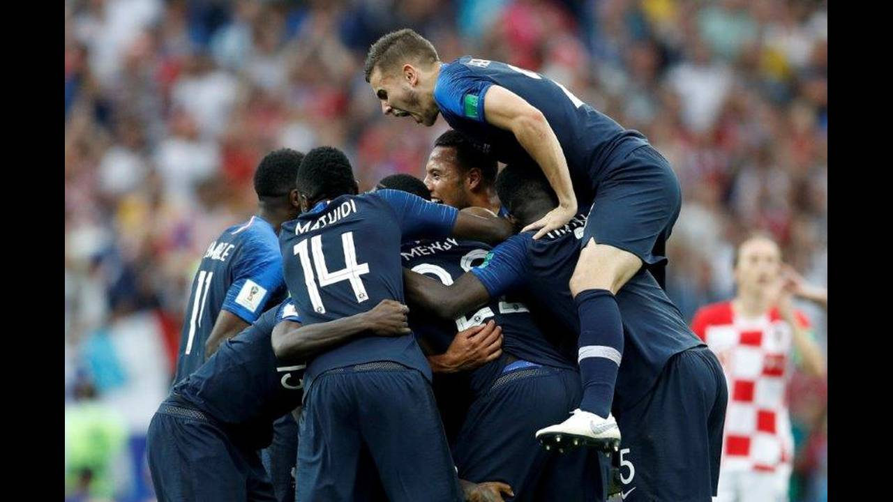 2018-07-15T170159Z_1050683522_RC1A22274780_RTRMADP_3_SOCCER-WORLDCUP-FINAL